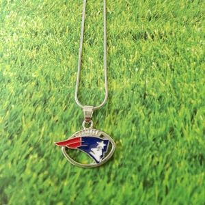 Jewelry - New England Patriots necklace